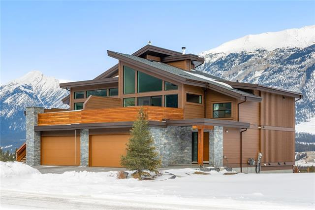 502 Stewart Creek Close, Canmore, AB T1W 0L7 (#C4229091) :: Canmore & Banff
