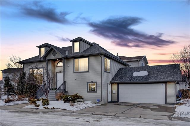 55 Country Hills Manor NW, Calgary, AB T3K 5G4 (#C4229279) :: Calgary Homefinders