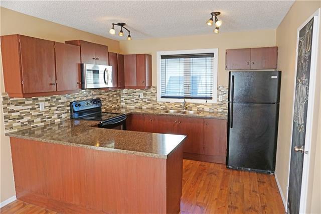 95 Cedarwood Hill(S) SW, Calgary, AB T2W 3H4 (#C4229448) :: Calgary Homefinders