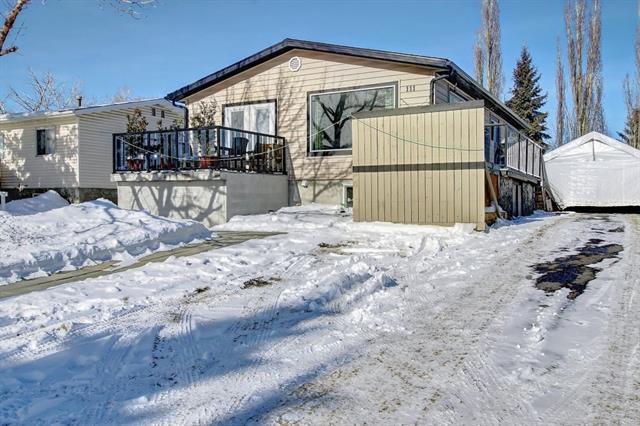111 Huntwell Road NE, Calgary, AB T2K 5S8 (#C4229706) :: The Cliff Stevenson Group