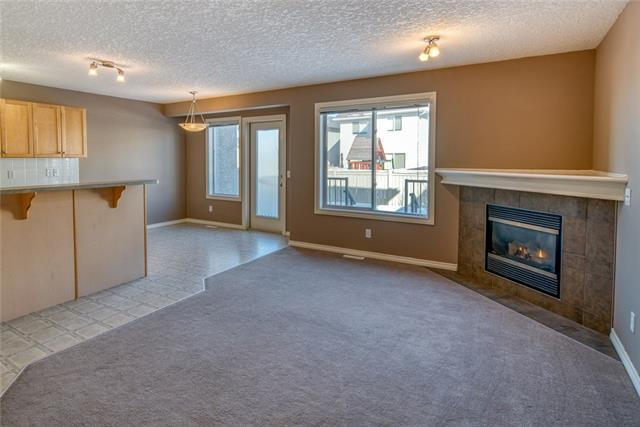 17 Royal Crest View NW, Calgary, AB T3G 5W3 (#C4229766) :: The Cliff Stevenson Group