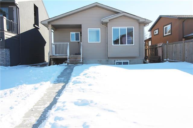 63 Castlebrook Road NE, Calgary, AB T3J 1R3 (#C4229799) :: Redline Real Estate Group Inc
