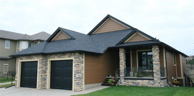 87 West Pointe Manor, Cochrane, AB T4C 0C2 (#C4229961) :: Calgary Homefinders