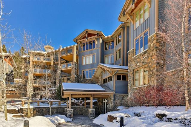 140 Stone Creek Road #101, Canmore, AB T1W 3J3 (#C4231990) :: Calgary Homefinders