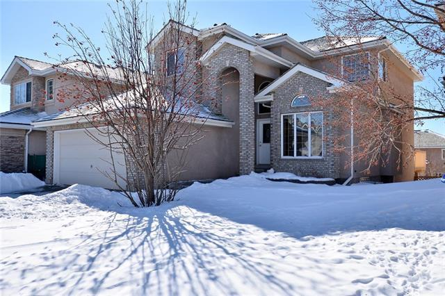 27 Royal Crest Way NW, Calgary, AB T3G 4M7 (#C4231992) :: The Cliff Stevenson Group