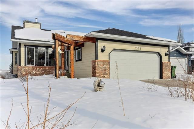 201 Riverside Circle SE, Calgary, AB T2C 3Y3 (#C4232055) :: The Cliff Stevenson Group