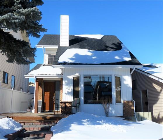 40 Strathearn Crescent SW, Calgary, AB T3H 1R4 (#C4232069) :: Redline Real Estate Group Inc