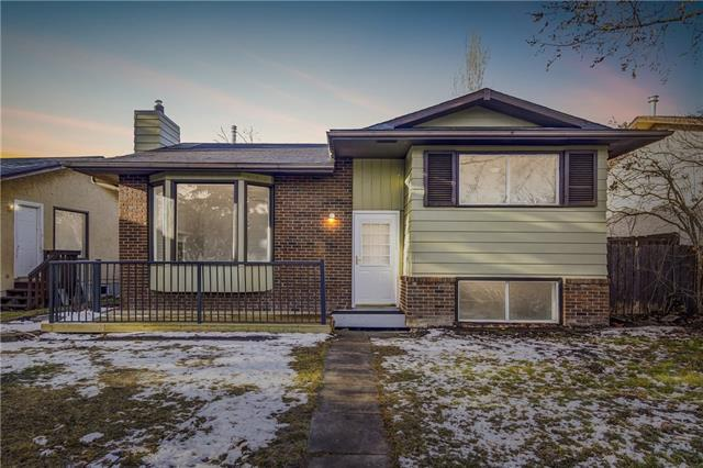 1159 Falworth Road NE, Calgary, AB T3J 1C8 (#C4232133) :: Calgary Homefinders