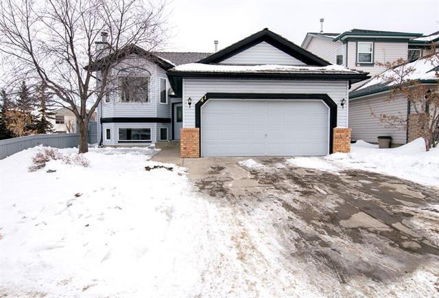 41 Harvest Park Road NE, Calgary, AB T3K 4H8 (#C4232218) :: Redline Real Estate Group Inc