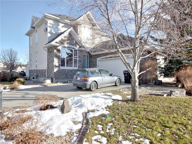48 Strathridge Crescent SW, Calgary, AB T3H 3R9 (#C4232305) :: Redline Real Estate Group Inc