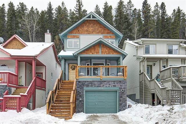 933 Wilson Way, Canmore, AB T1W 2Y9 (#C4232397) :: Calgary Homefinders