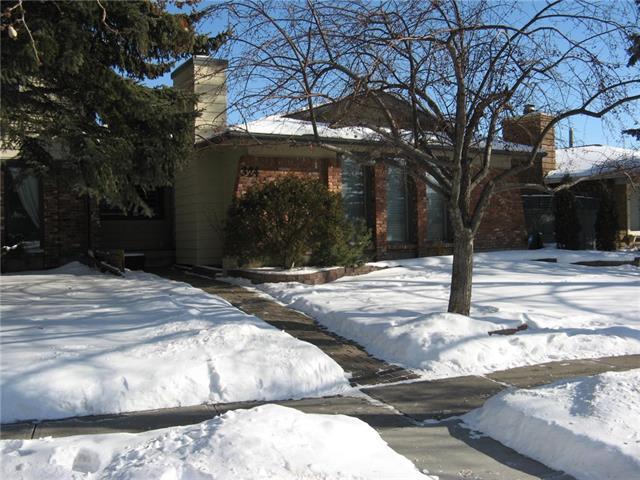 324 Midlake Boulevard SE, Calgary, AB T2X 1M9 (#C4232474) :: The Cliff Stevenson Group