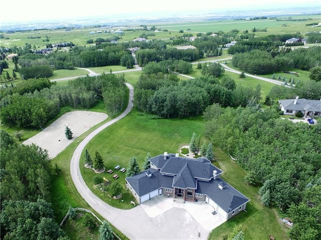 189 Lochend Drive, Rural Rocky View County, AB T4C 2H2 (#C4232502) :: Redline Real Estate Group Inc