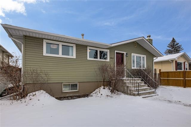8343 Bowness Road NW, Calgary, AB T3B 0H5 (#C4232537) :: The Cliff Stevenson Group