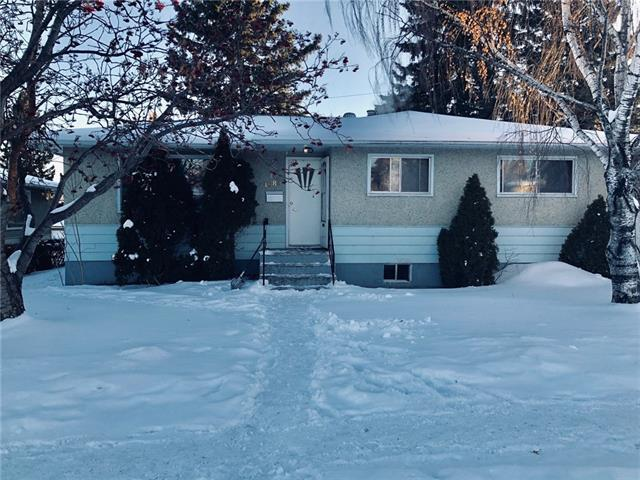 1085 Northmount Drive NW, Calgary, AB T2L 0C1 (#C4232543) :: Redline Real Estate Group Inc