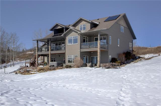 220017 424 Avenue W, Rural Foothills County, AB T0L 2A0 (#C4232641) :: Redline Real Estate Group Inc