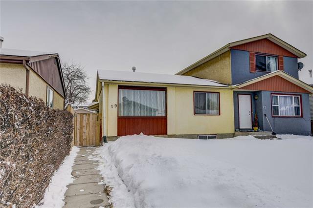 19 Falworth Way NE, Calgary, AB T3J 1C9 (#C4232696) :: Calgary Homefinders