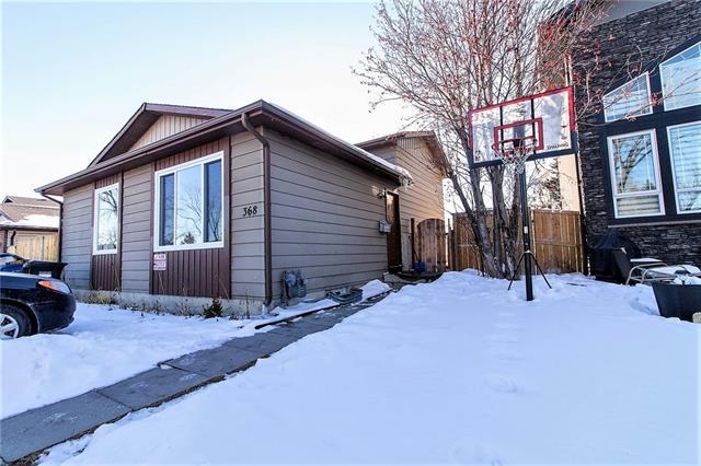 368 Whitefield Drive NE, Calgary, AB T1Y 5W3 (#C4232788) :: Calgary Homefinders