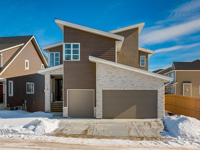 30 Rock Lake Heights NW, Calgary, AB T3G 0G1 (#C4232852) :: Canmore & Banff