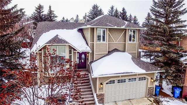 217 Signal Hill Court SW, Calgary, AB T3H 2G8 (#C4233035) :: Calgary Homefinders