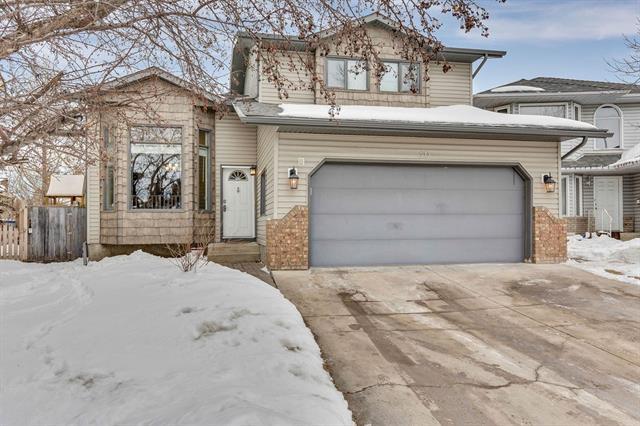 20 Mckenna Manor SE, Calgary, AB T2Z 2E1 (#C4233116) :: The Cliff Stevenson Group
