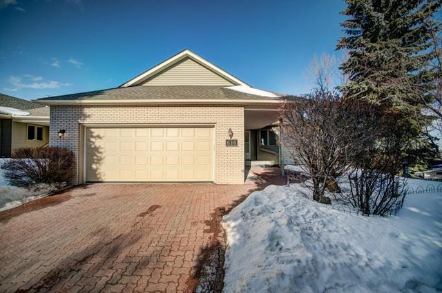 616 Stratton Terrace SW, Calgary, AB T3H 1M6 (#C4233120) :: Redline Real Estate Group Inc