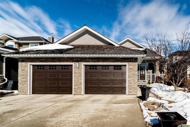 414 Fairways Mews NW, Airdrie, AB T4B 2W9 (#C4233148) :: Calgary Homefinders