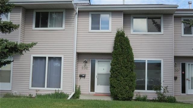 232 Marlborough Way NE, Calgary, AB T2A 6R9 (#C4233378) :: Calgary Homefinders