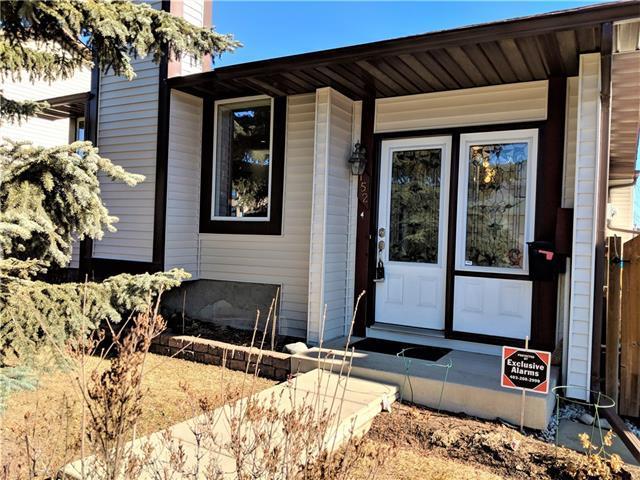 152 Macewan Glen Drive NW, Calgary, AB T3K 2G4 (#C4233480) :: Calgary Homefinders