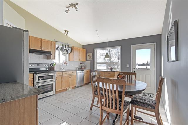 1115 Strathcona Road, Strathmore, AB T1P 1S2 (#C4233663) :: Redline Real Estate Group Inc