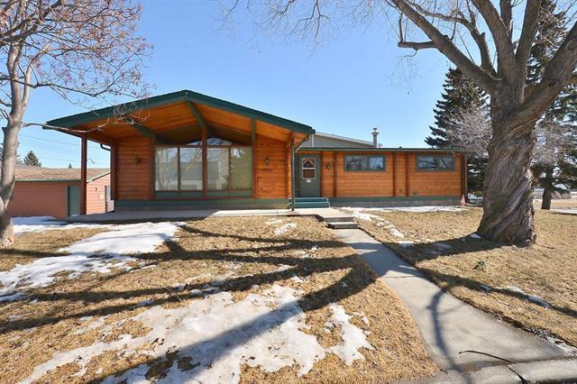 808 2 Street SW, High River, AB T1V 1A3 (#C4233732) :: Calgary Homefinders