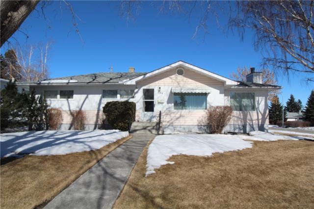 204 Spyhill Road NW, Calgary, AB  (#C4234135) :: Calgary Homefinders