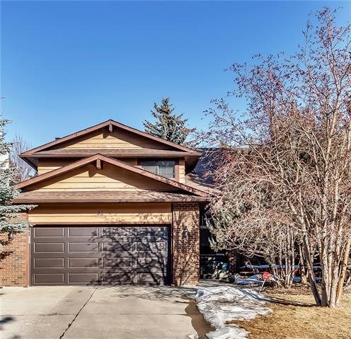 92 Deerbrook Road SE, Calgary, AB T2J 6L6 (#C4235264) :: The Cliff Stevenson Group