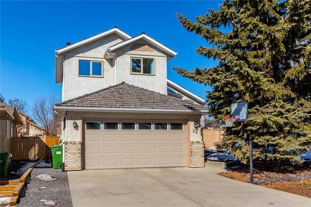 96 Sierra Morena Circle SW, Calgary, AB T3H 2X1 (#C4235278) :: Calgary Homefinders