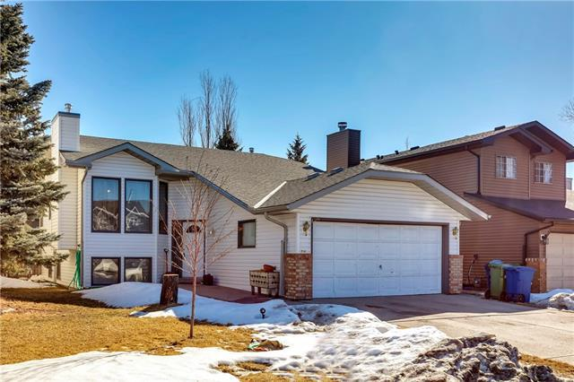 1716 Meadowlark Road SE, Airdrie, AB T4A 2A4 (#C4235306) :: Redline Real Estate Group Inc