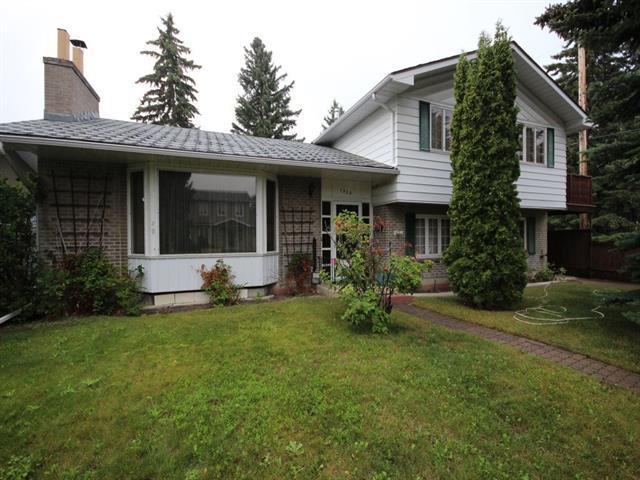 1208 Killearn Avenue SW, Calgary, AB T2V 2N4 (#C4235466) :: Redline Real Estate Group Inc