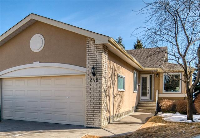 248 Christie Park Manor SW, Calgary, AB T3H 2T6 (#C4235555) :: Calgary Homefinders