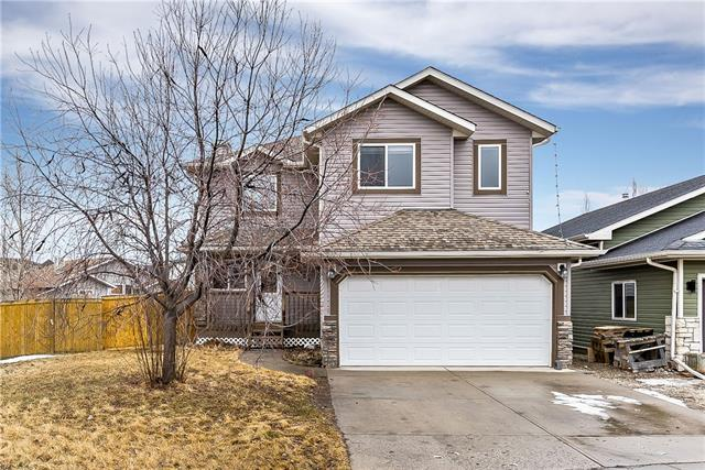 209 Highwood Village Place NW, High River, AB T1V 1N3 (#C4236119) :: Calgary Homefinders