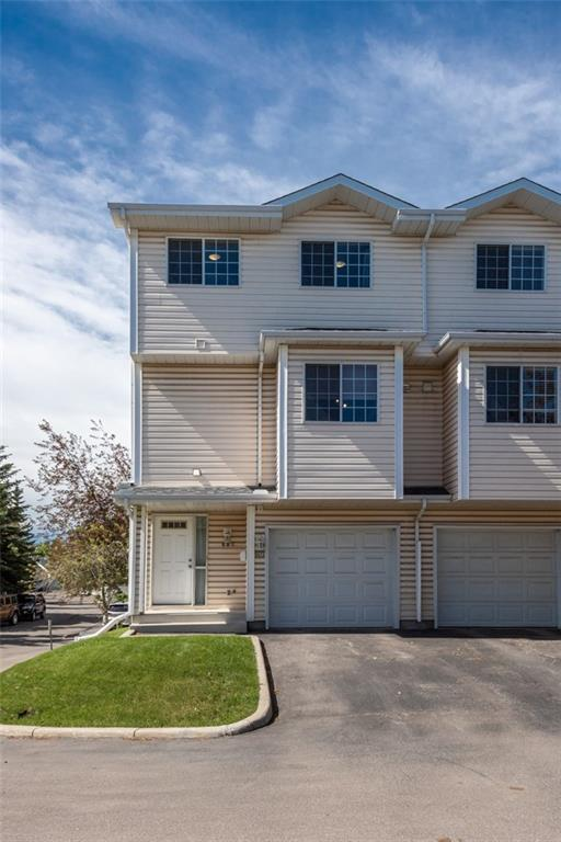 607 Hawkstone Manor NW, Calgary, AB T3G 3X2 (#C4237216) :: Canmore & Banff