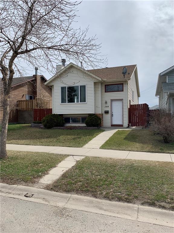 244 Erin Woods Drive SE, Calgary, AB T2B 3B9 (#C4240852) :: Redline Real Estate Group Inc