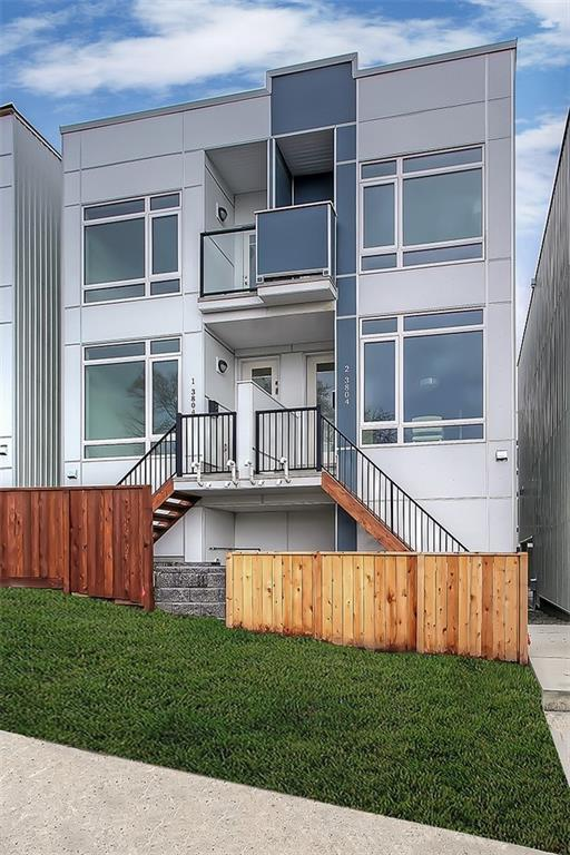 3806 Parkhill Place SW #2, Calgary, AB T2S 2W7 (#C4241798) :: Redline Real Estate Group Inc