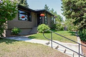 83 Chelsea Street NW, Calgary, AB T2X 1P1 (#C4242898) :: Redline Real Estate Group Inc