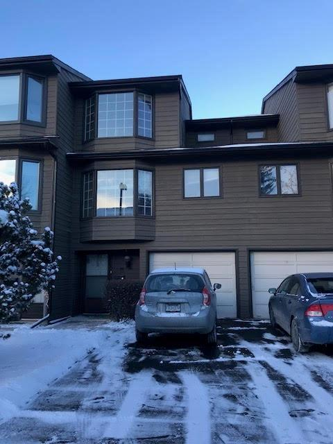 23 Glamis Drive SW #18, Calgary, AB T3E 6S5 (#C4244026) :: Redline Real Estate Group Inc