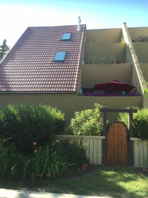 906 4 Avenue NW #6, Calgary, AB  (#C4244341) :: Redline Real Estate Group Inc
