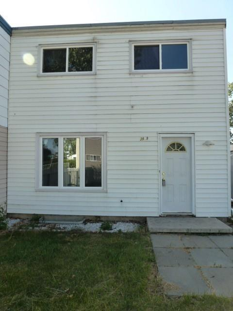 3909 29 Avenue SE, Calgary, AB  (#C4245401) :: Redline Real Estate Group Inc
