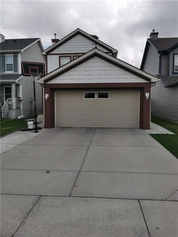 11 Martha's Meadow Place NE, Calgary, AB T3J 4H6 (#C4245859) :: Redline Real Estate Group Inc