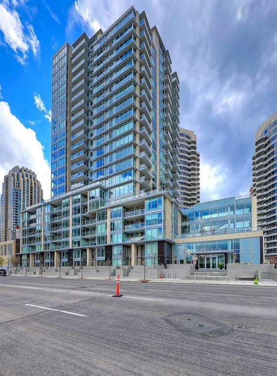 1025 5 Avenue SW #408, Calgary, AB T2P 1N4 (#C4245860) :: Redline Real Estate Group Inc