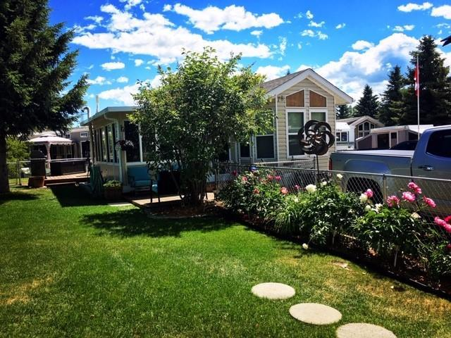 78 Carefree Resort, Rural Red Deer County, AB T4G 0K6 (#C4246235) :: Redline Real Estate Group Inc