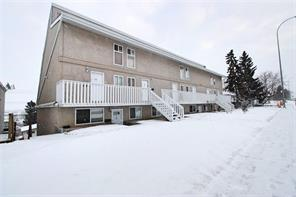 3726 Centre Street NE #4, Calgary, AB T2E 2Y3 (#C4254608) :: The Cliff Stevenson Group