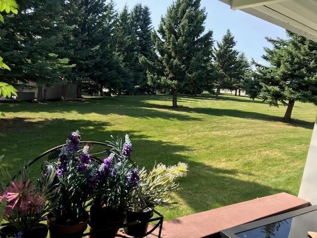 51 Carefree Resort, Rural Red Deer County, AB T4G 0K6 (#C4262122) :: Redline Real Estate Group Inc